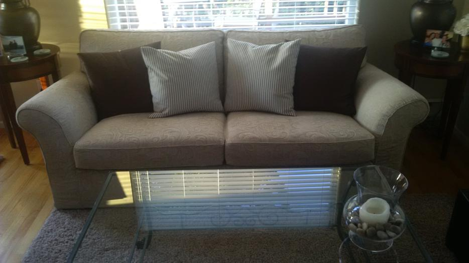 Country Furniture Couch Saanich Victoria