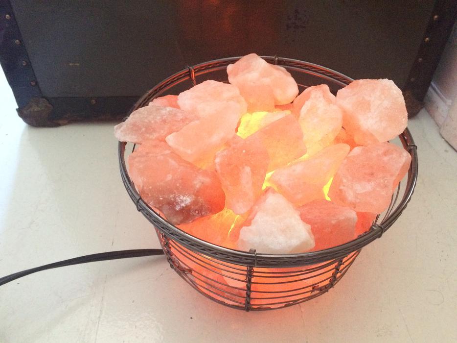 Himalayan Salt Lamps Nanaimo : AWESOME HIMALAYAN SALT LAMP!!!!! Victoria City, Victoria
