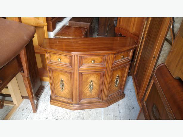 Gentil Craftline Cabinet Corp Mlam