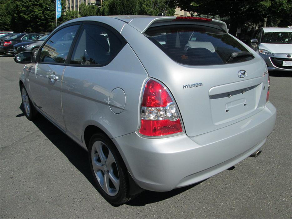 2008 hyundai accent gl outside nanaimo parksville. Black Bedroom Furniture Sets. Home Design Ideas