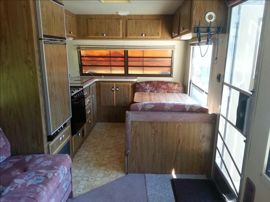 OBO - 1988 WILDERNESS by Fleetwood 24 ft travel trailer ...