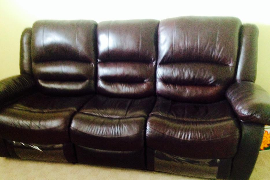 Leather Reclining Sofa And Chair Delta Incl Ladner Tsawwassen Vancouver