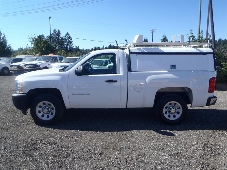 2010 chevrolet silverado 1500 regular cab short box 2wd with service canopy outside cowichan. Black Bedroom Furniture Sets. Home Design Ideas