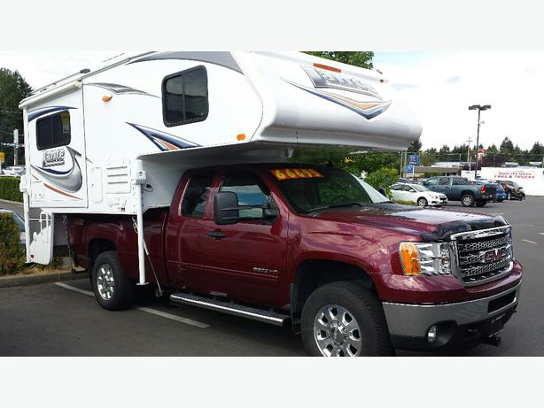 used 2013 gmc sierra 3500 used 2012 lance camper for sale outside cowichan valley cowichan. Black Bedroom Furniture Sets. Home Design Ideas