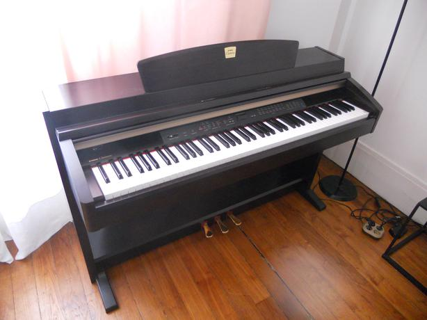 Digital Piano Recording : yamaha clp 240 digital piano keyboard usb recording orleans ottawa ~ Hamham.info Haus und Dekorationen