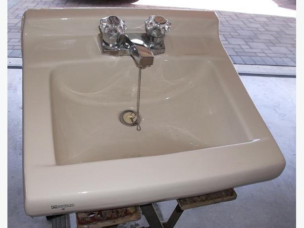 Hook up hose to bathtub