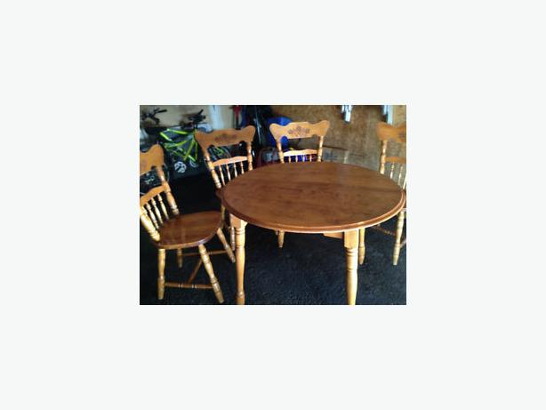 Solid Wood Kitchen Table With 4 Chairs Nepean Gatineau