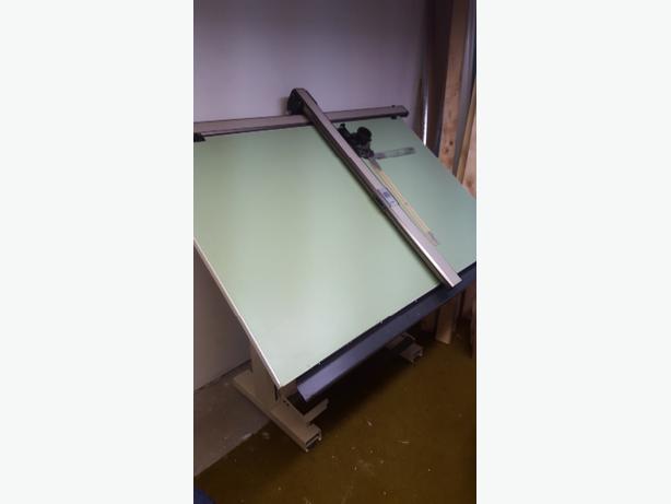 Drafting Table Edmonton Drafting Table Buy Sell Items  : 48054223614 from artofarchitect.com size 614 x 461 jpeg 14kB