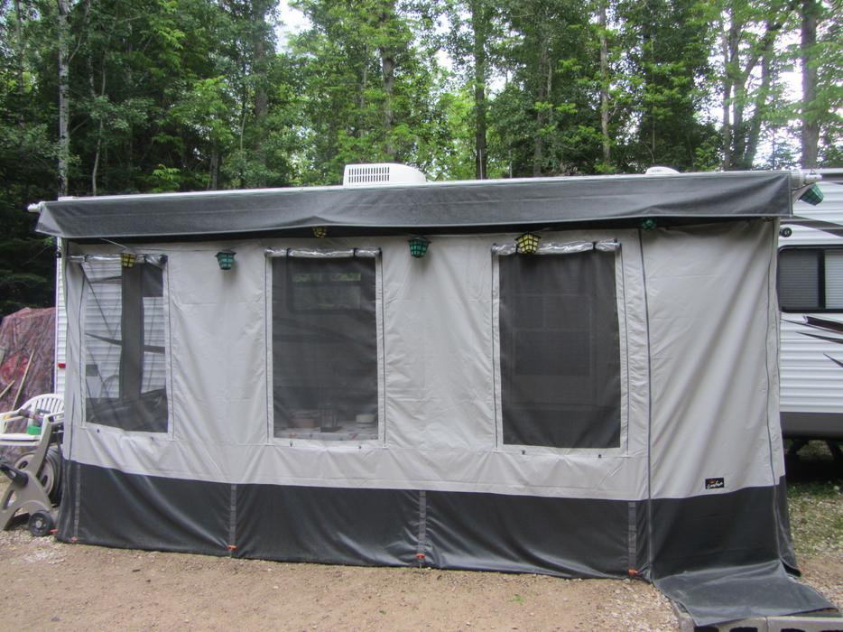 Price reduced...........Carefree Add A Room fits 16 or 17 ...