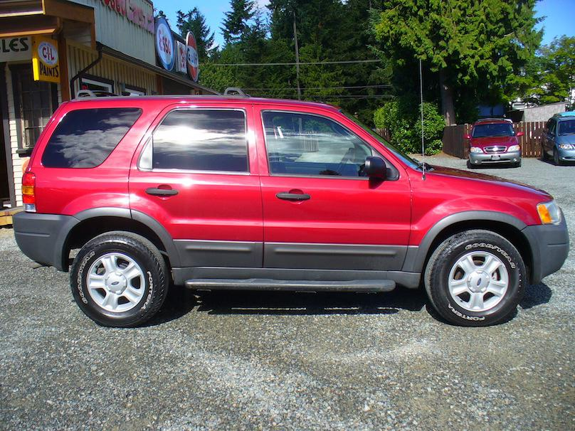 2003 ford escape xlt awd outside cowichan valley cowichan. Black Bedroom Furniture Sets. Home Design Ideas