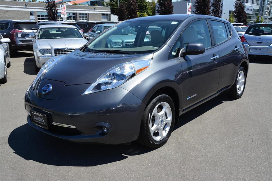 2013 nissan leaf sv quick charge outside nanaimo nanaimo mobile. Black Bedroom Furniture Sets. Home Design Ideas