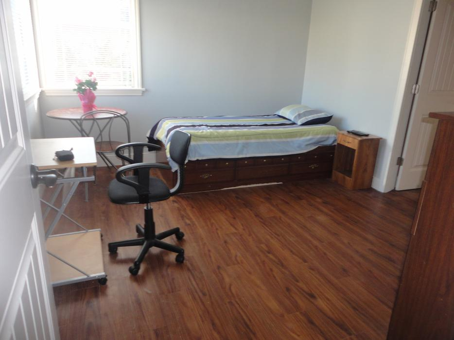 Fully Furnished Room For Rent Mississauga