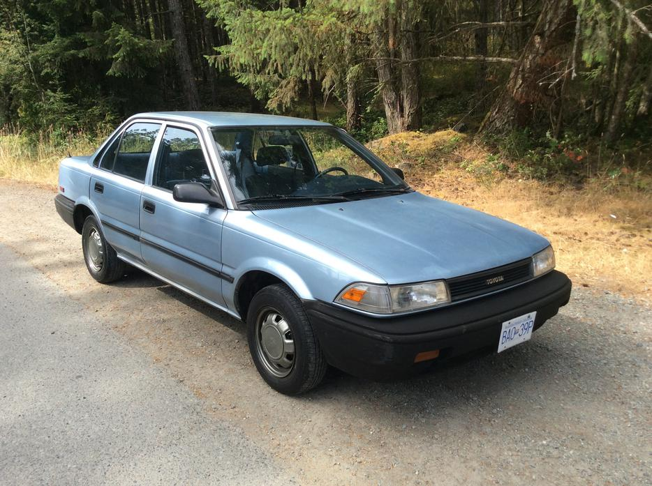 1990 toyota corolla a decent reliable car cheap north nanaimo nanaimo mobile. Black Bedroom Furniture Sets. Home Design Ideas
