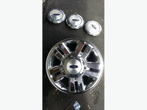 2007 f150 chrome wheel with 4 caps