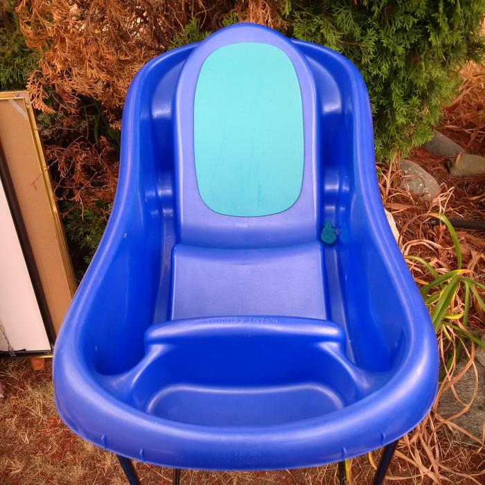 baby bath tub saanich victoria. Black Bedroom Furniture Sets. Home Design Ideas