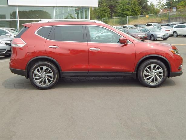2015 nissan rogue sl awd w leather outside nanaimo nanaimo mobile. Black Bedroom Furniture Sets. Home Design Ideas