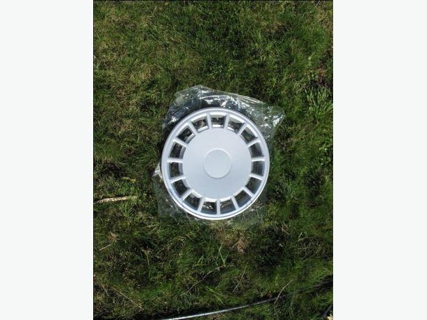 Four 14 inch HUB CAPS- Wheel COVERS tires tire  tyre