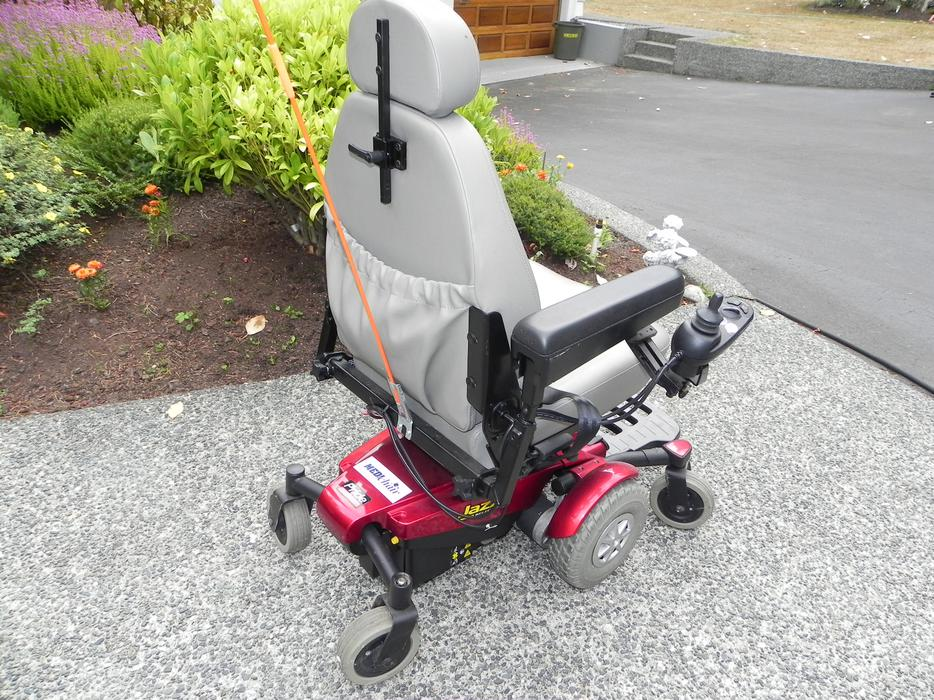 Motorized wheelchair reduced for quick sale outside comox for Motorized wheelchair for sale