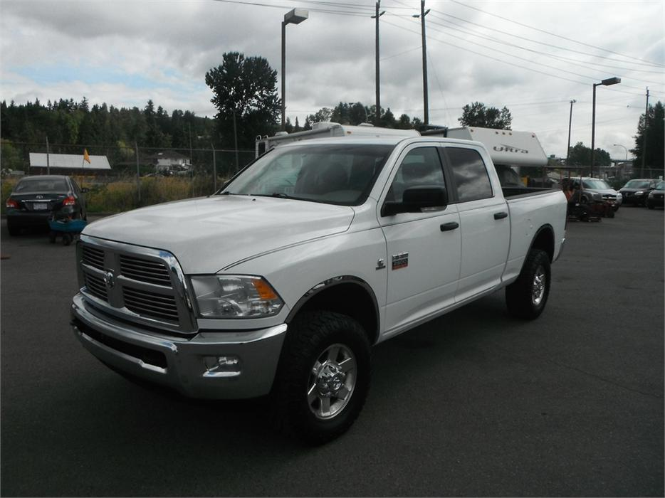 2012 dodge ram 2500 slt crew cab short box 4wd cummins turbo diesel outside comox valley. Black Bedroom Furniture Sets. Home Design Ideas