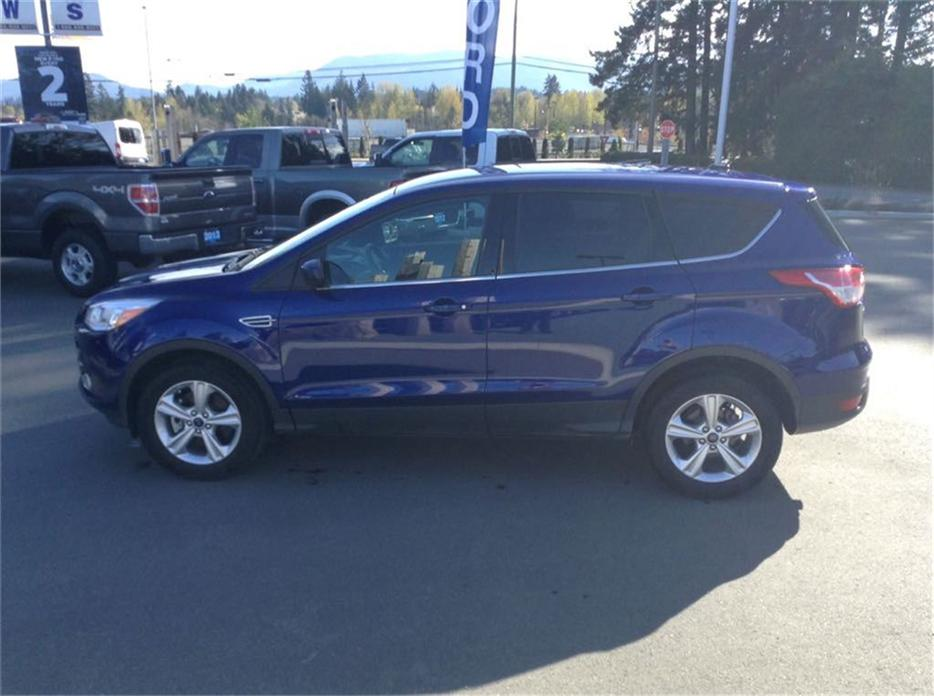 2014 ford escape se awd auto low km 7000 km fresh trade in duncan cowichan mobile. Black Bedroom Furniture Sets. Home Design Ideas