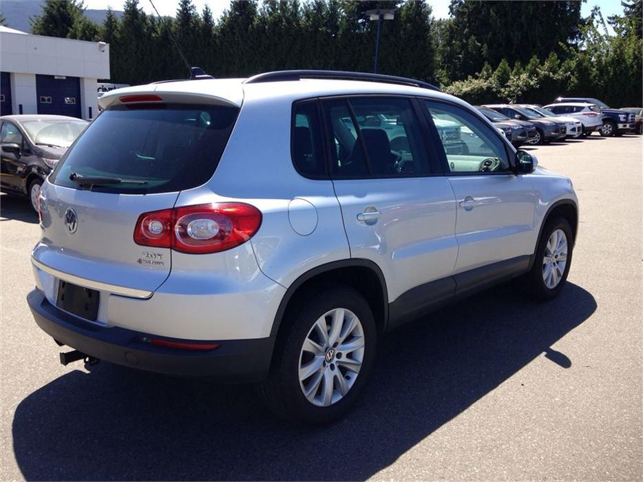 2011 volkswagen tiguan 2 0 tsi comfortline north nanaimo. Black Bedroom Furniture Sets. Home Design Ideas