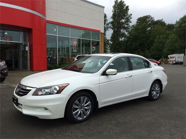 2012 honda accord ex l v6 navi leather loaded outside nanaimo nanaimo. Black Bedroom Furniture Sets. Home Design Ideas