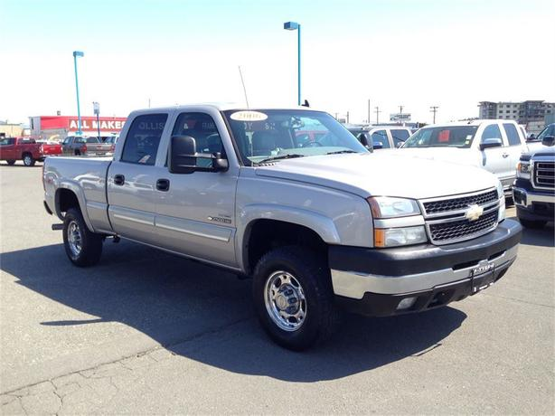 2006 chevrolet silverado 2500hd duramax diesel outside. Black Bedroom Furniture Sets. Home Design Ideas