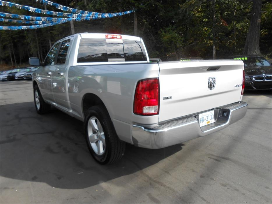2014 dodge ram 1500 slt 4x4 5 7 hemi outside cowichan valley cowichan mobile. Black Bedroom Furniture Sets. Home Design Ideas