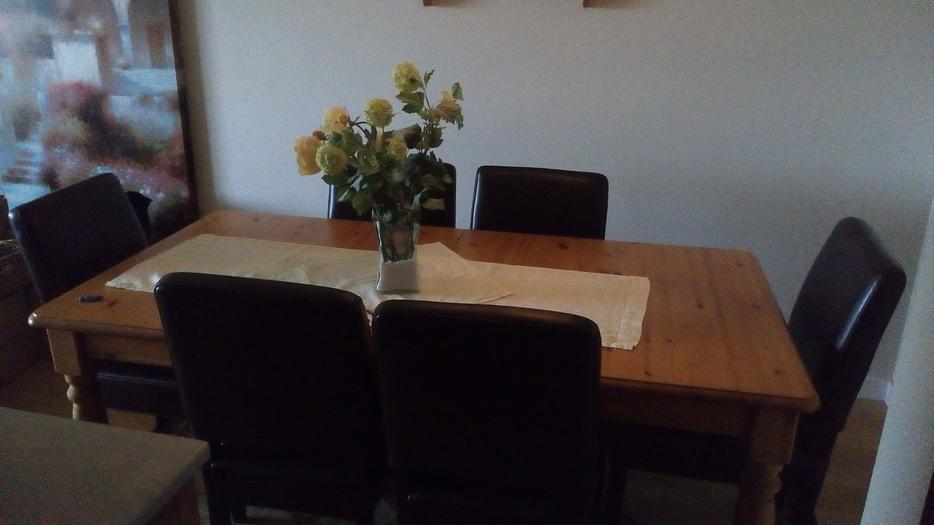 dining room table and leather chairs price cut victoria city