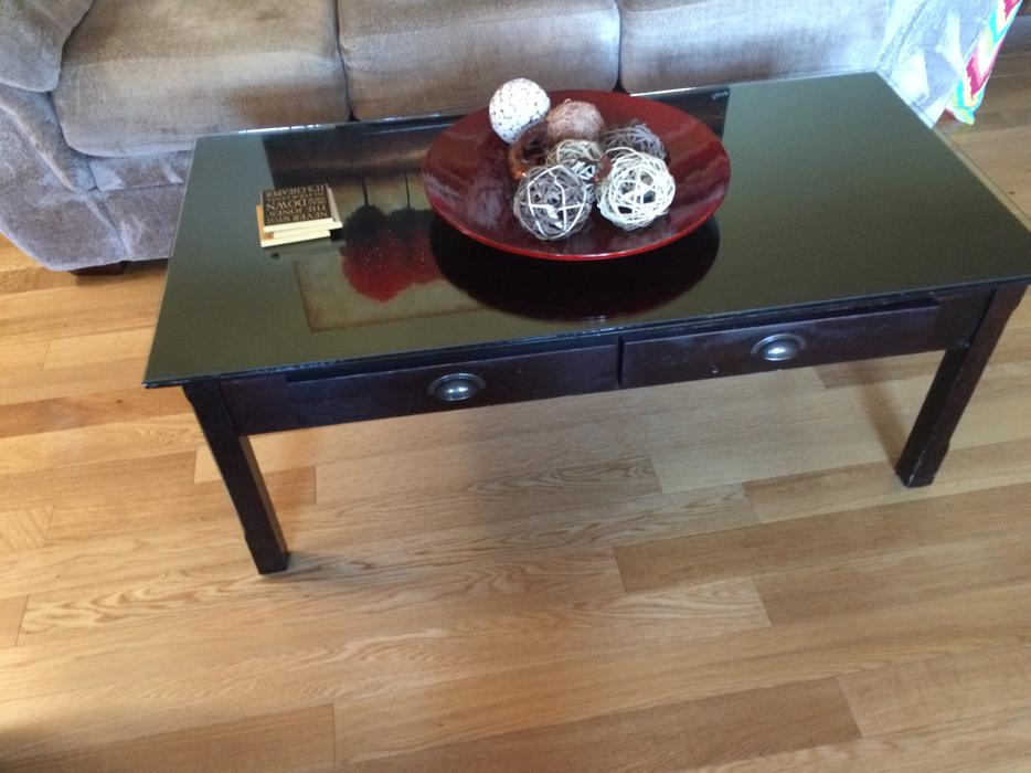 Coffee table esquimalt view royal victoria for Coffee tables kelowna
