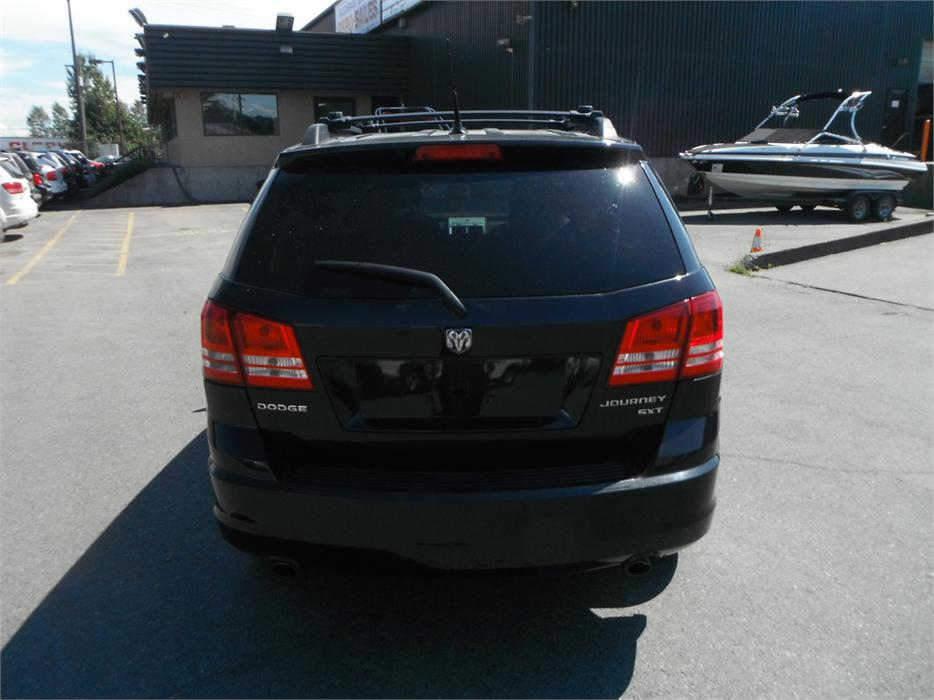 2010 dodge journey sxt with 3rd row seating outside okanagan okanagan. Black Bedroom Furniture Sets. Home Design Ideas