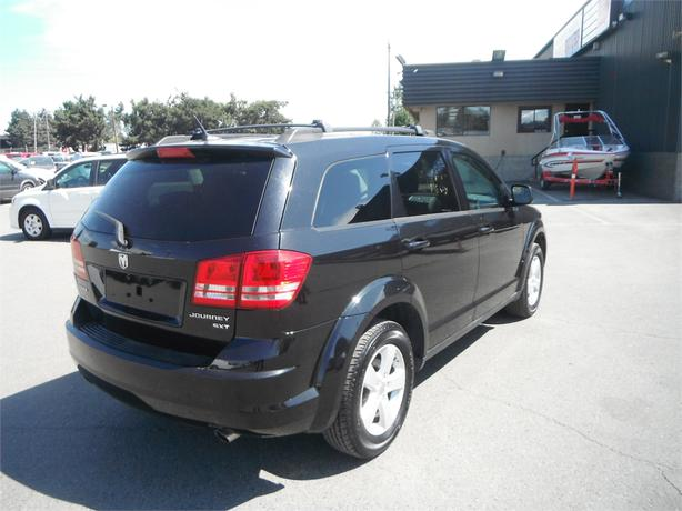 2010 dodge journey sxt with 3rd row seating outside nanaimo parksville qualicum beach mobile. Black Bedroom Furniture Sets. Home Design Ideas