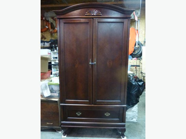 Cabinet Wardrobe Or Storage Unit West Shore Langford