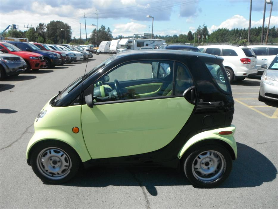 2005 smart fortwo pulse base diesel outside okanagan okanagan mobile. Black Bedroom Furniture Sets. Home Design Ideas