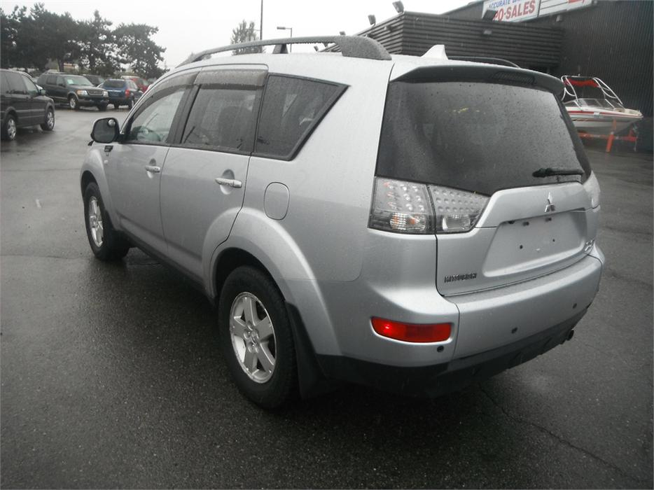 2008 mitsubishi outlander ls 4wd 3rd row seating burnaby incl new westminster vancouver mobile. Black Bedroom Furniture Sets. Home Design Ideas