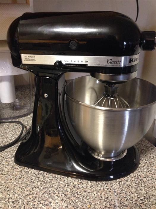 Used Kitchen Aid Mixer In Victoria Bc