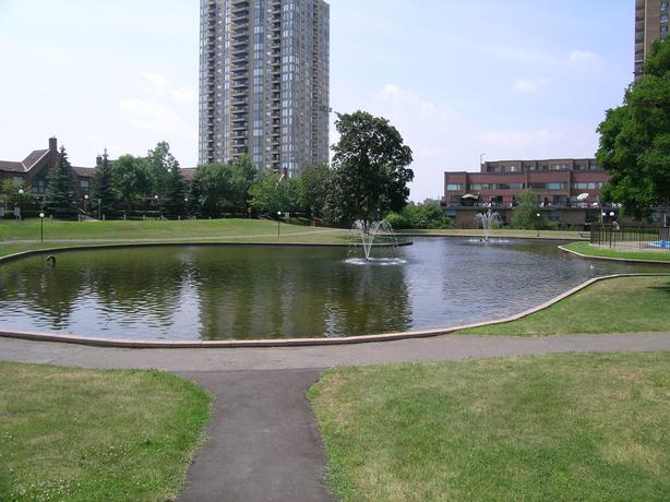 Attention Investor 39 S 2 Bed Condo 10 Mins To Downtown Central Ottawa Inside Greenbelt Ottawa