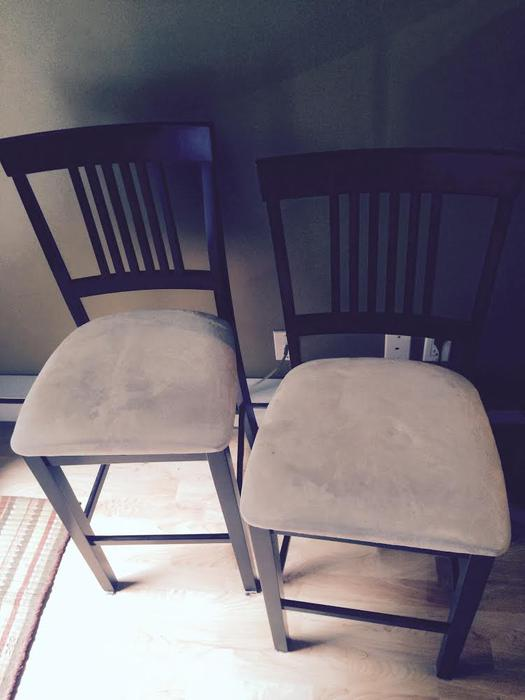 2 Bar Stool Chairs Victoria City Victoria MOBILE : 48166215934 from www.usedvictoria.com size 525 x 700 jpeg 33kB