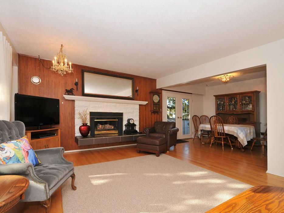 Large 3 Bedroom Gordon Head House Upper Floor Suite Utilities Included Saanich Victoria Mobile