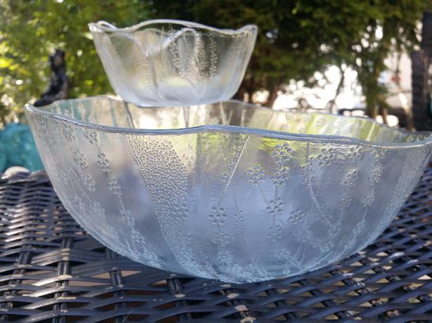 Vintage chip and dip bowl under the sea pattern