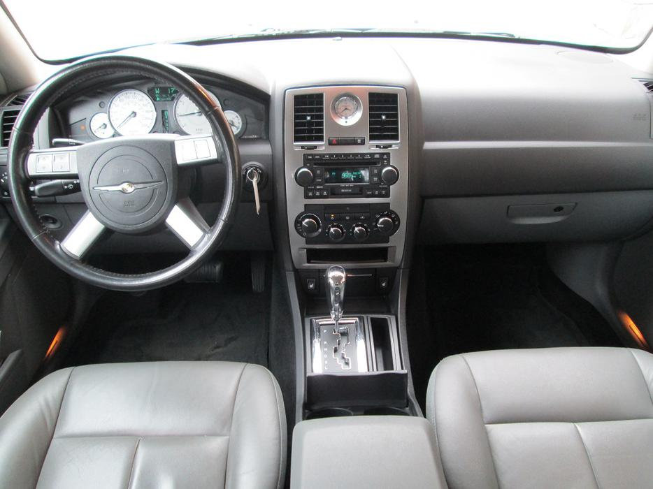 2005 Chrysler 300 Final Sale Local Vehicle Victoria