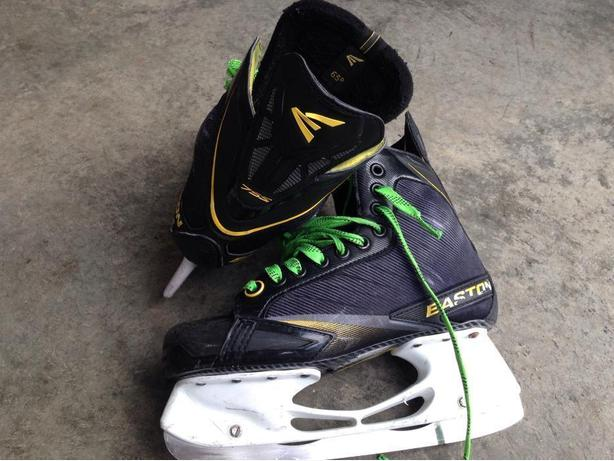 Easton Stealth 75S size 6.5