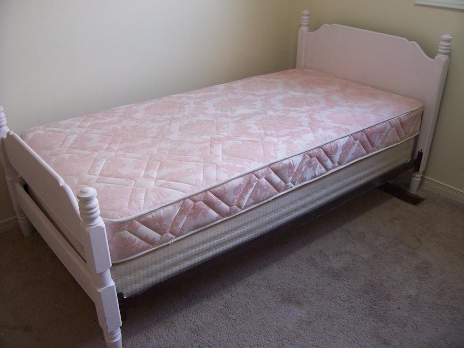Bedroom Set For Sale Ottawa