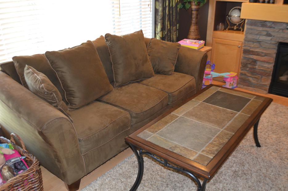 Couch Matching Loveseat For Sale East Regina Regina
