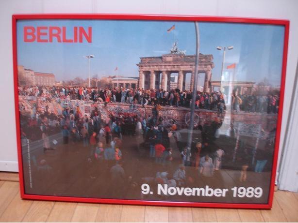 WorldHistoric Berlin Wall Falls 9 Nov 1989 LgRarePoster InNiceDlxRedMetalFrame