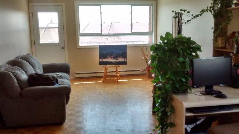 Room for rent chambre a louer aylmer sector quebec for Chambre a louer ottawa