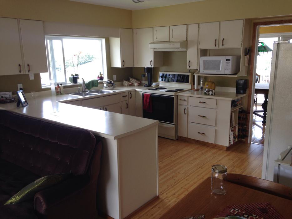 FREE kitchen cabinets West Shore Langford,Colwood,Metchosin