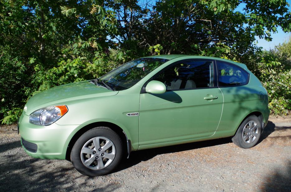 2009 Hyundai Accent Gs West Shore Langford Colwood