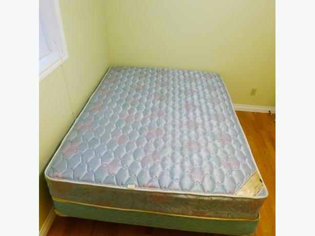 Serta Queen Size Mattress Box Spring Delivery