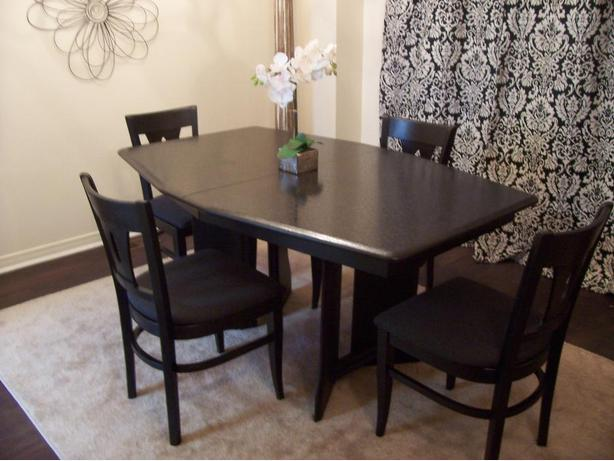 Elegant Large Black Dining Set in MINT condition I DELIVER  : 48206793614 from www.usedgatineau.com size 614 x 461 jpeg 43kB